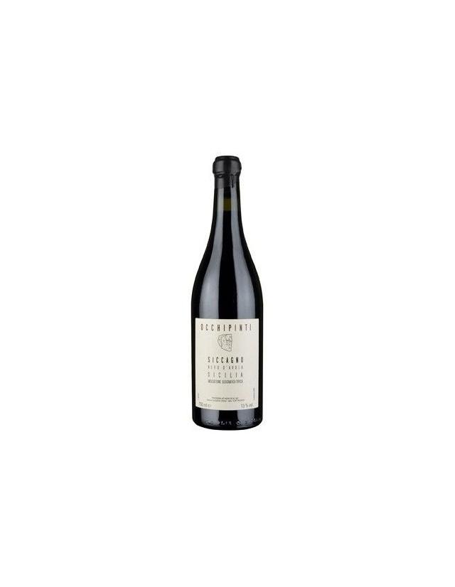 Vino rosso siciliano biodinamico da uve Nero d'Avola