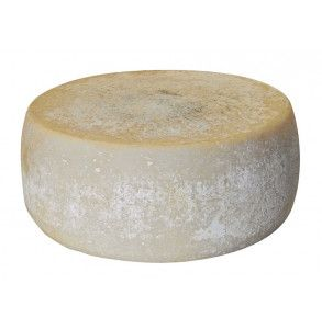 Formaggio di latte di capra prodotto in Basilicata