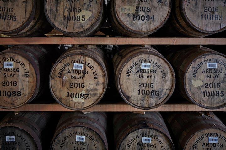 Invecchiamento del Whisky Dove Come Perch e per Quanto Tempo