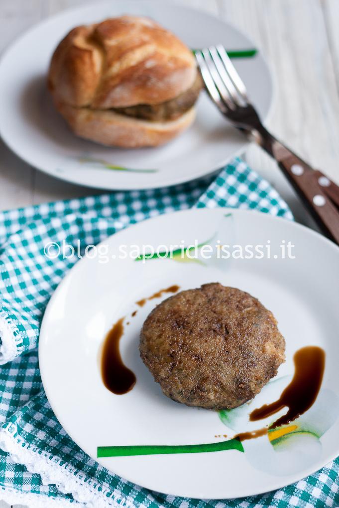 Hamburger di spinaci cotto